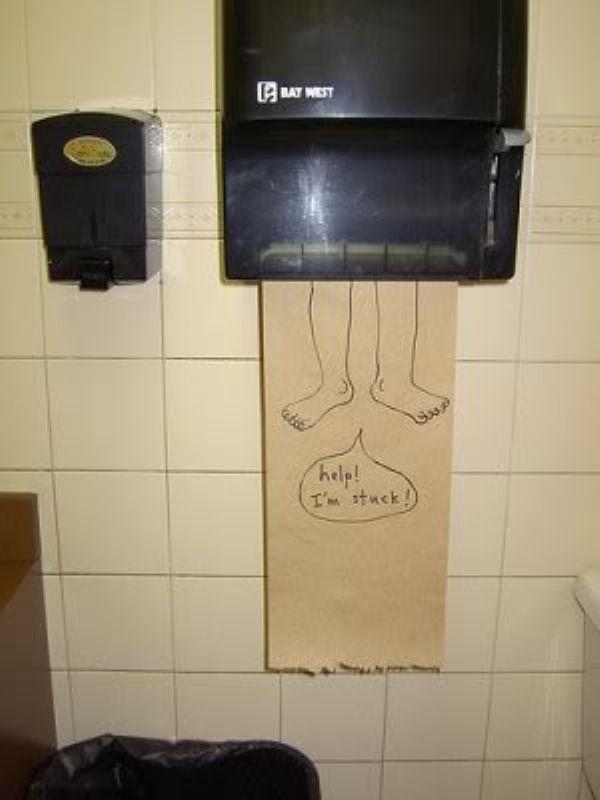 29 situaciones en baños que no te puedes perder - 10